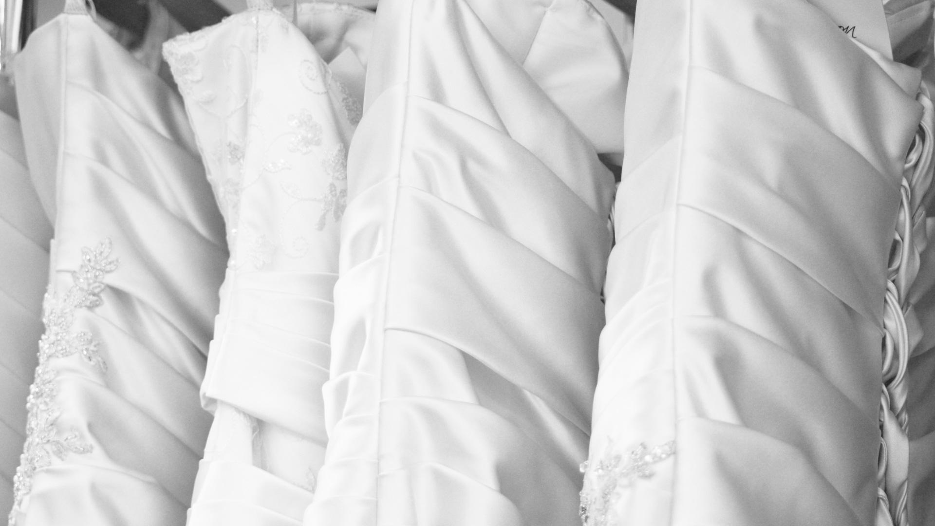 dresses-close-up-1920x1080-bw